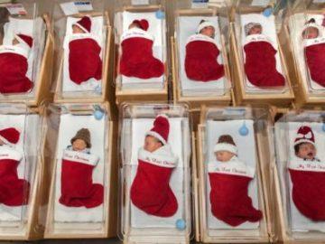 Há 50 anos, hospital manda recém-nascidos para casa em meias de Natal 4