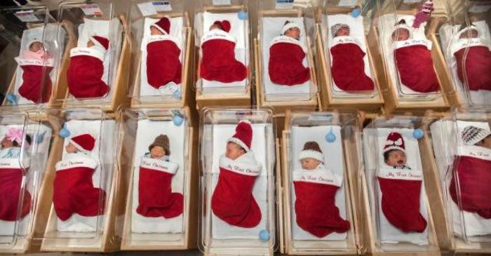 Há 50 anos, hospital manda recém-nascidos para casa em meias de Natal