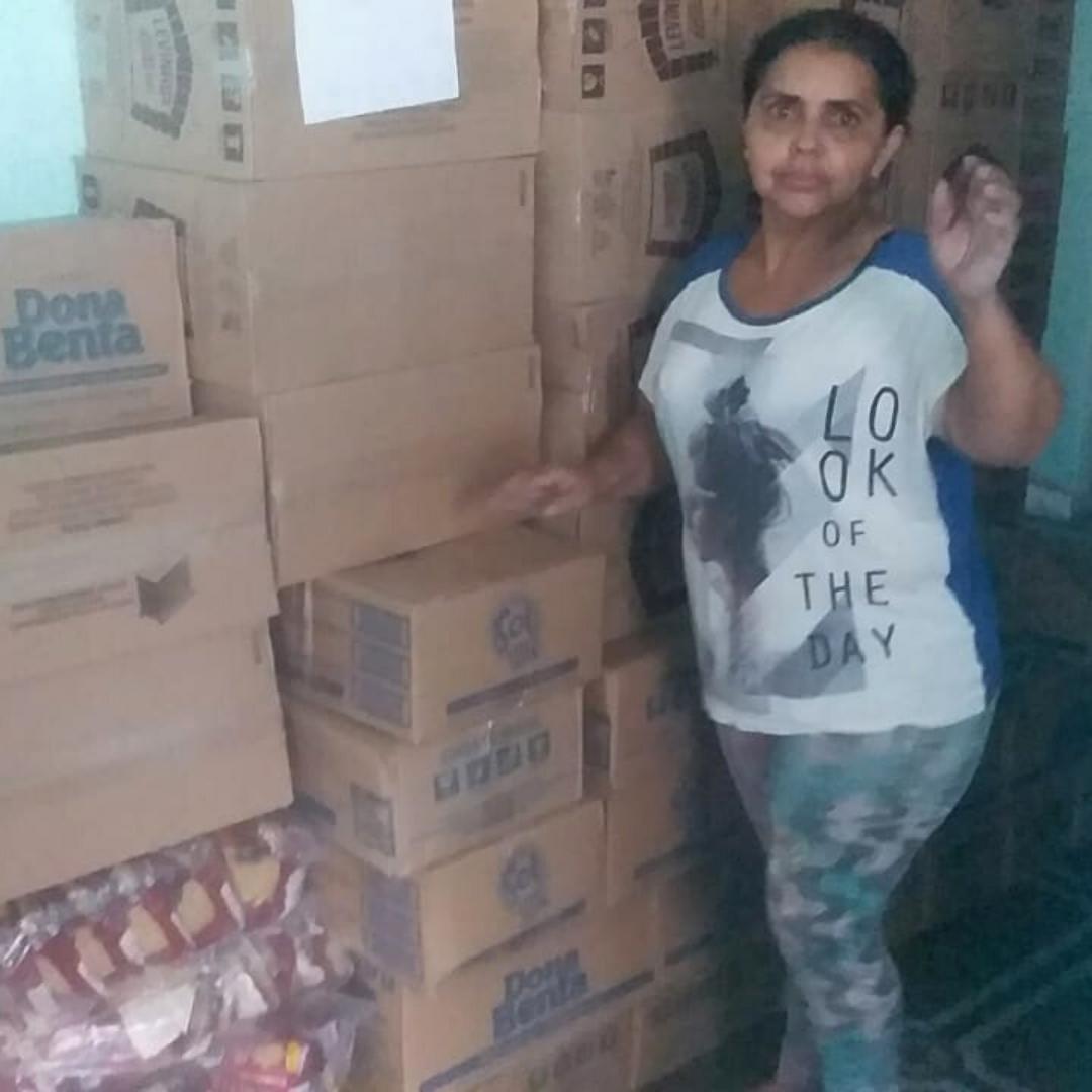 doações que confeiteira humilhada recebeu do Brasil todo
