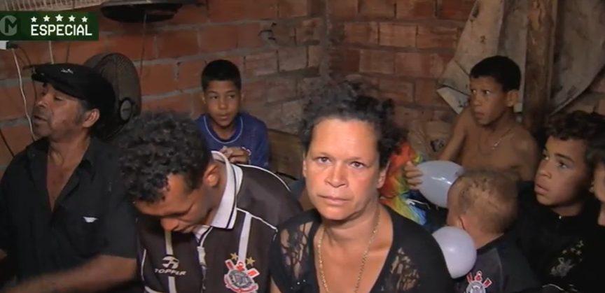 família de menino ajudado por torcedor corinthiano