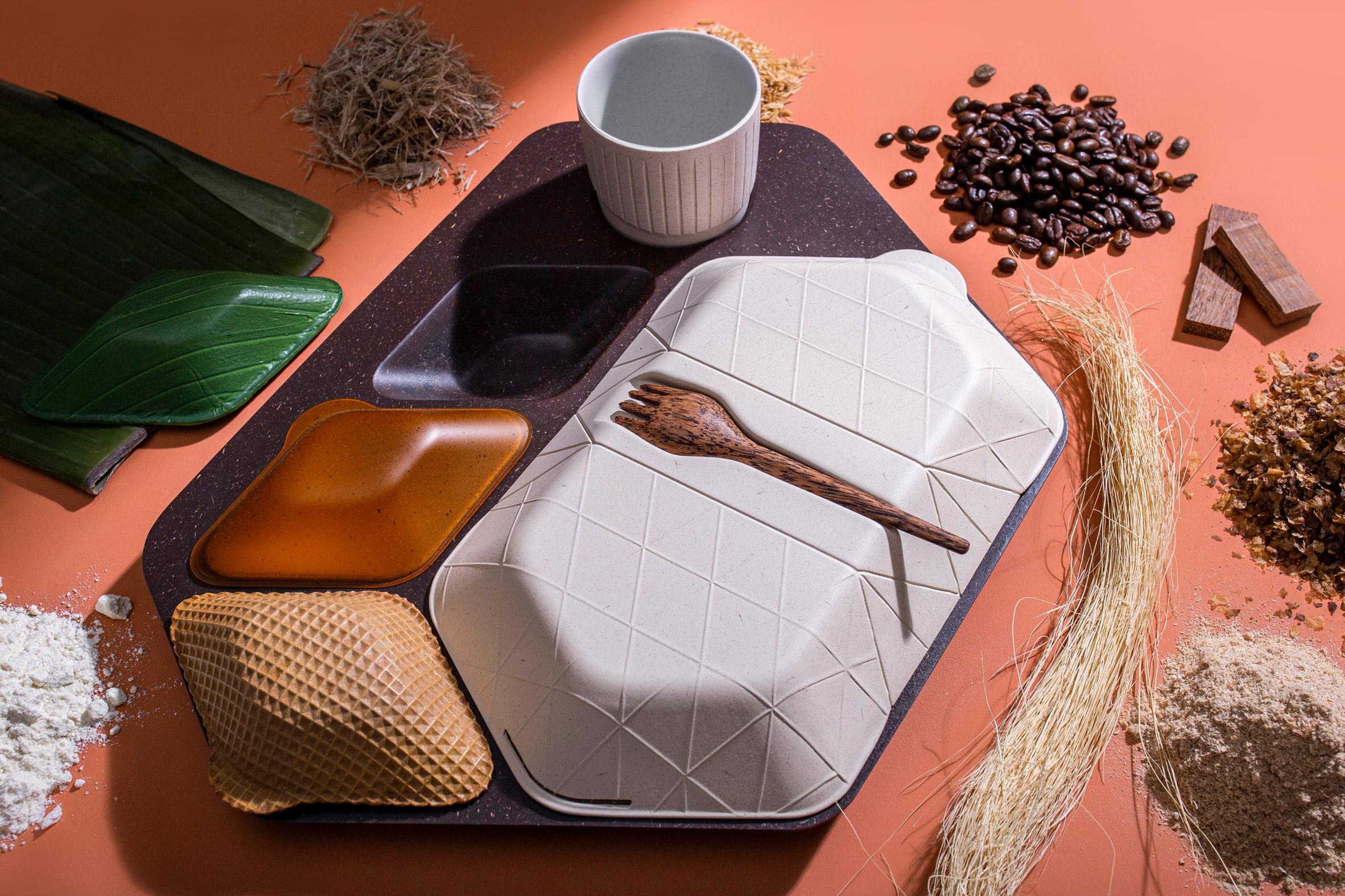 embalagem biodegradável feita arroz café coco