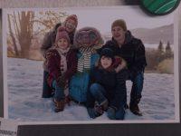 Após 37 anos, E.T. e Elliot se reúnem em emocionante comercial de Natal; assista! 9