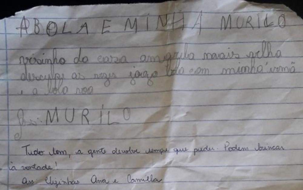 menino escreve cartinha desculpas