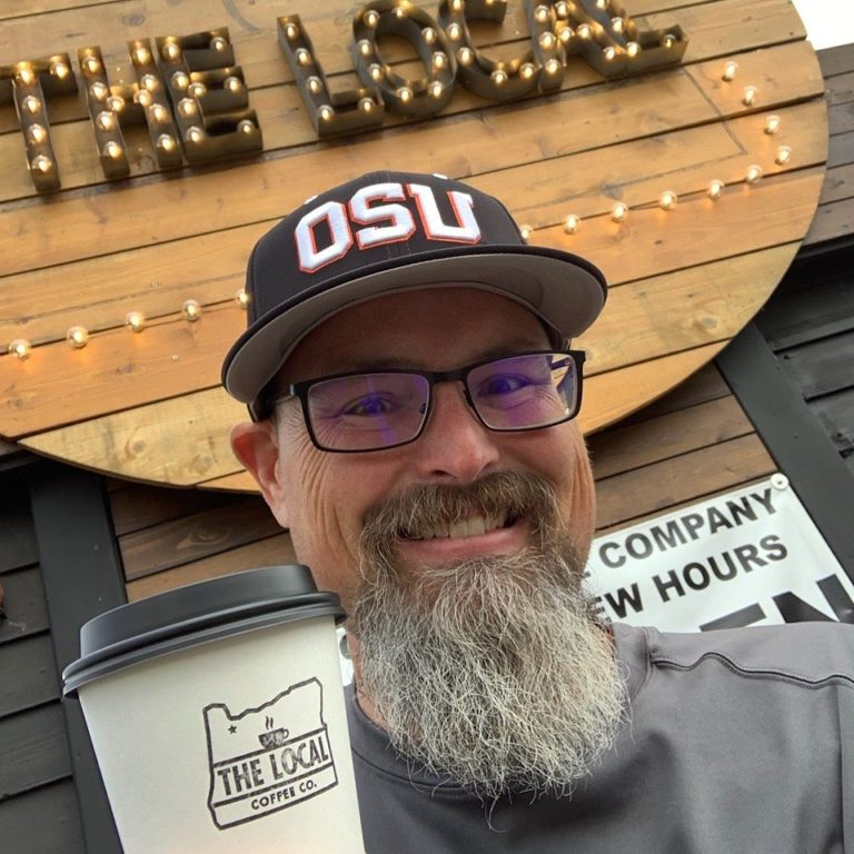 dona cafeteria gere negócio concorrente câncer terminal