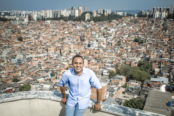 Dez maiores favelas do Brasil lançam vaquinha para apoiar ações sociais