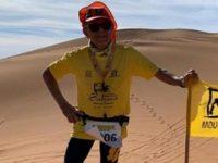 idoso atleta vence maratona deserto do saara
