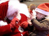 Papai Noel língua de sinais menina surda