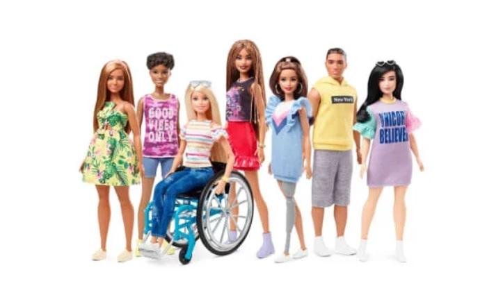Mattel lança linha de bonecas Barbie com vitiligo e sem cabelo