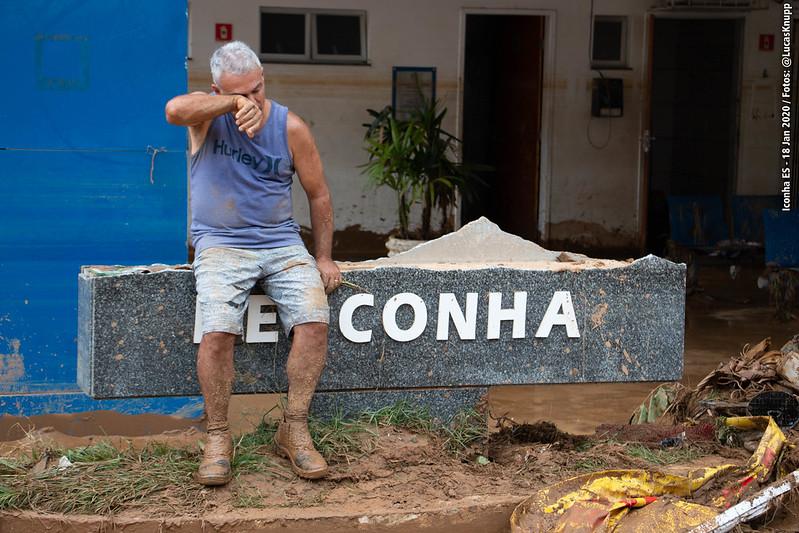 morador de Iconha desolado após chuva forte