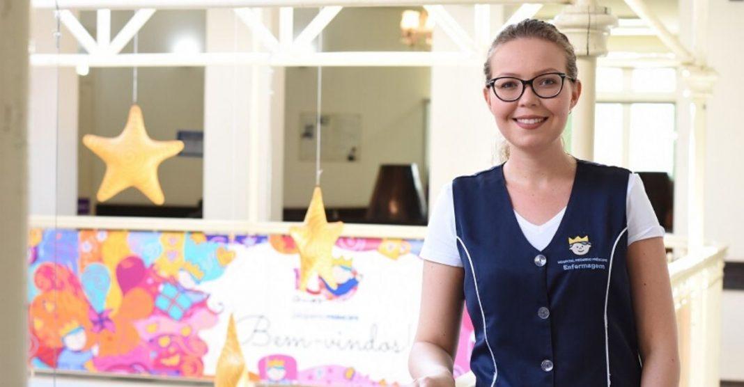 Após vencer um câncer na infância, jovem escolhe a enfermagem para retribuir os cuidados que recebeu 1