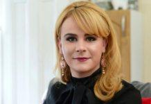 mulher trans recebe indenização após ter emprego negado