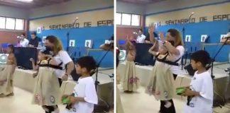 professora inclui aluna com paralisia cerebral apresentação escola