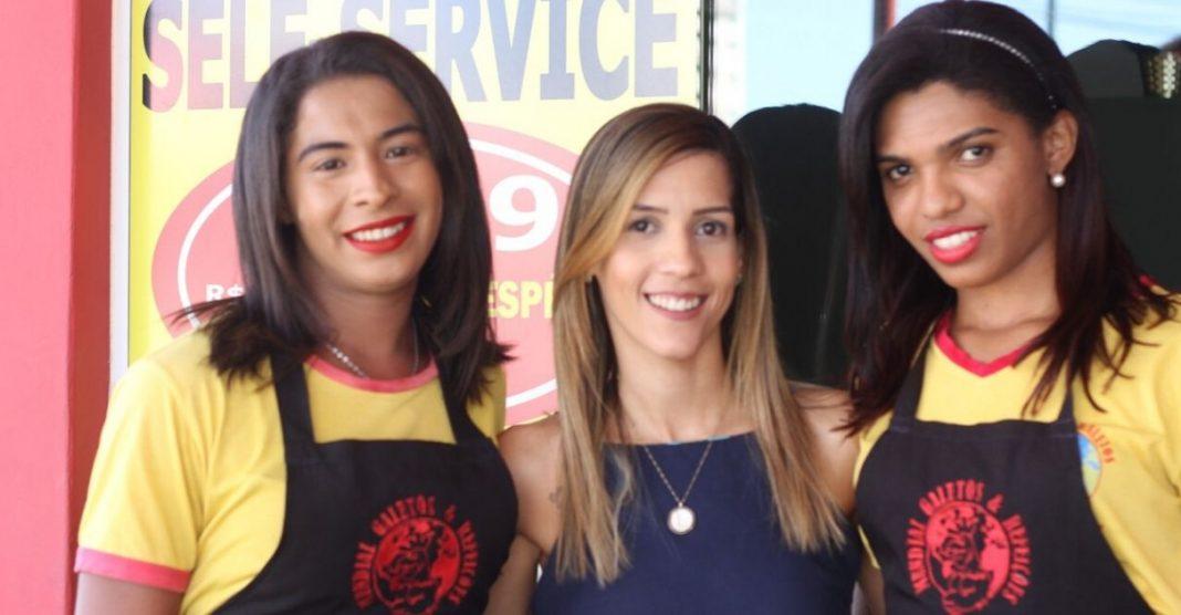 Restaurante emprega e acolhe transexuais em João Pessoa