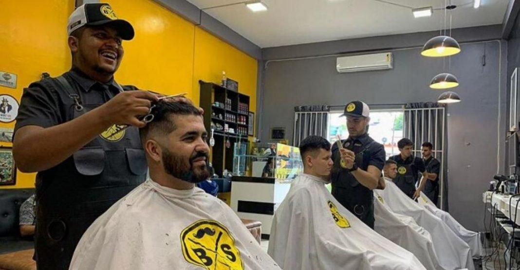 Barbearia oferece cortes grátis para quem tem entrevista de emprego em Porto Velho (RO) 2