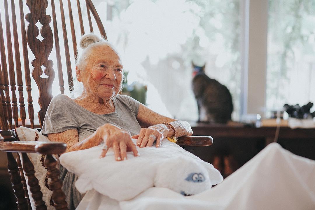 chris salvatore homenagem idosa norma faleceu leucemia
