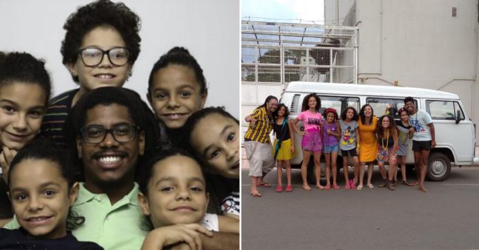 Com vaquinha, professor que adotou 6 irmãos consegue comprar Kombi