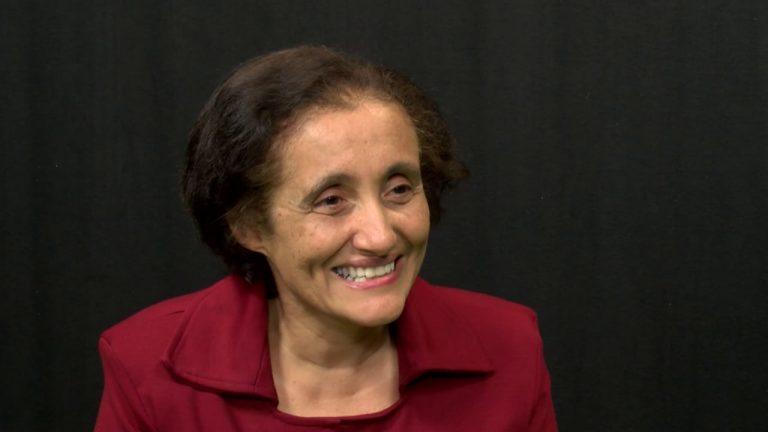 Pesquisadora brasileira que ajudou a sequenciar genoma do coronavírus em 48 horas.