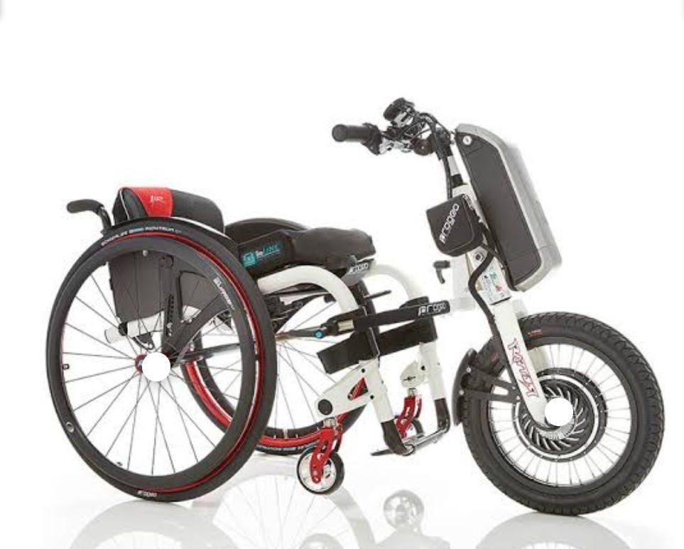 triciclo motorizado para o cadeirante que faz entregas em SP