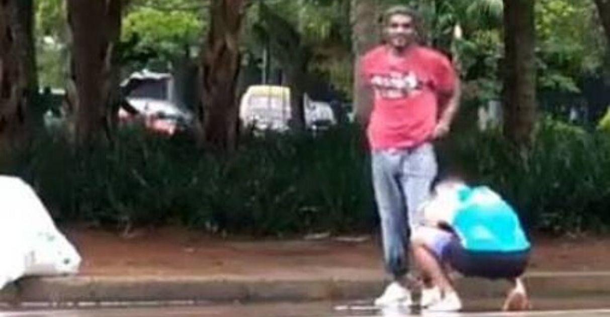 corredor doa tênis para morador de rua