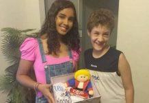 adolescente convida autista para ser príncipe festa de debutante