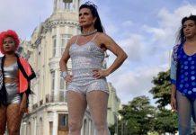 """Gretchen """"Manual Para Não Ser Babaca"""" no Carnaval"""