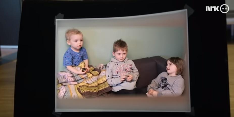 primeira-ministra Noruega conversa com crianças sobre coronavírus