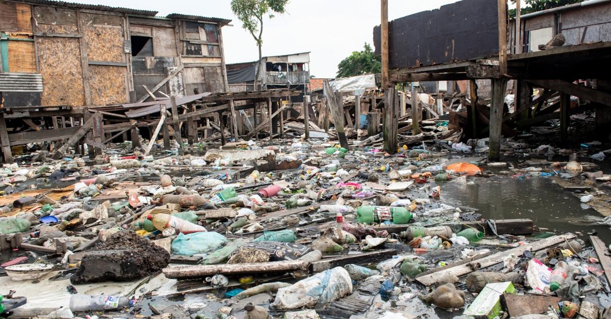 favela Dique da Vila Gilda em Santos (SP)