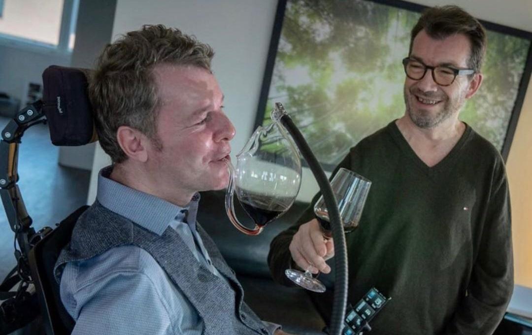 taça para melhor amigo tetraplégico degustar vinho