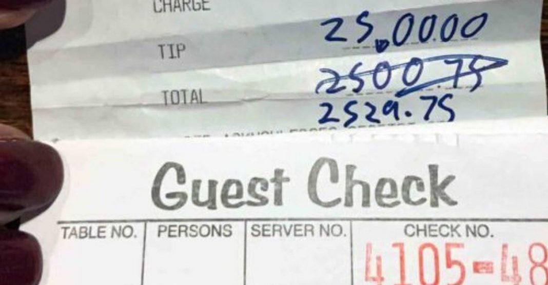 Demitidos de restaurante devido coronavírus recebem super gorjeta cliente