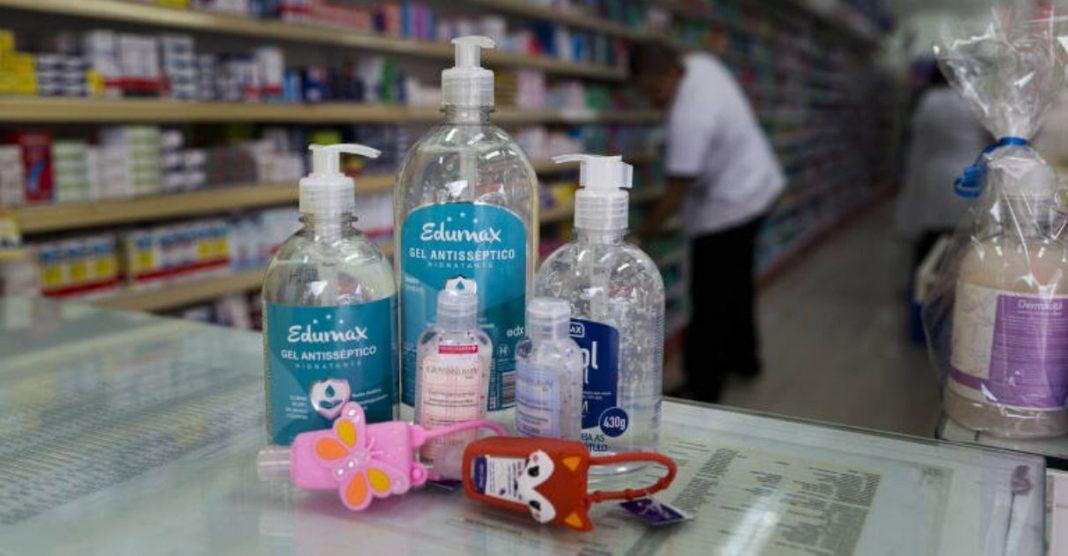 Natura/Avon doação de sabonetes líquidos e em barra