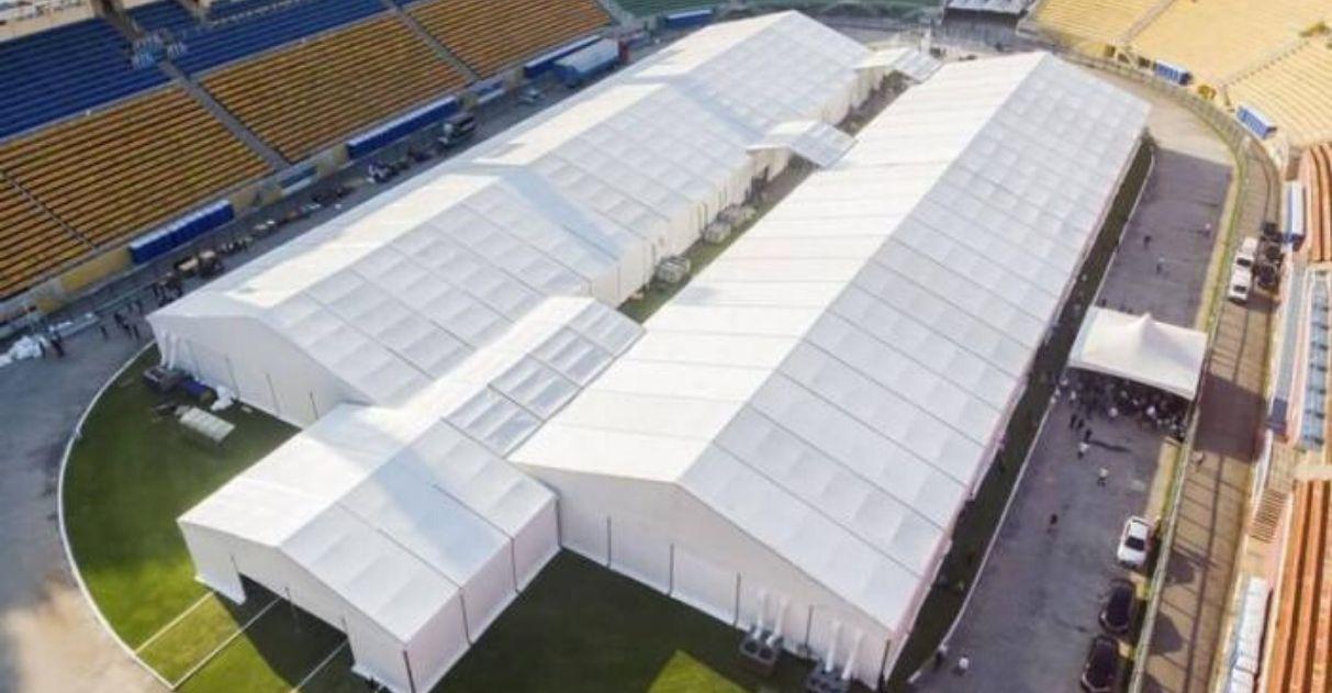 Estádios de futebol convertidos hospitais para pacientes com coronavírus