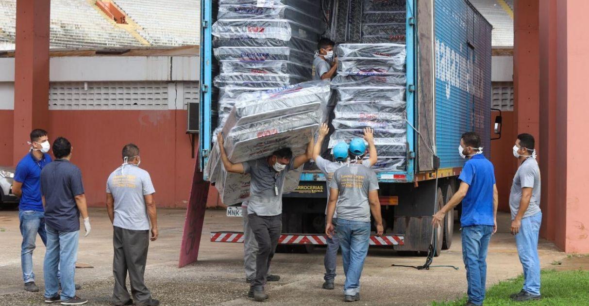 Magazine Luiza doação colchões travesseiros moradores de rua belém pará