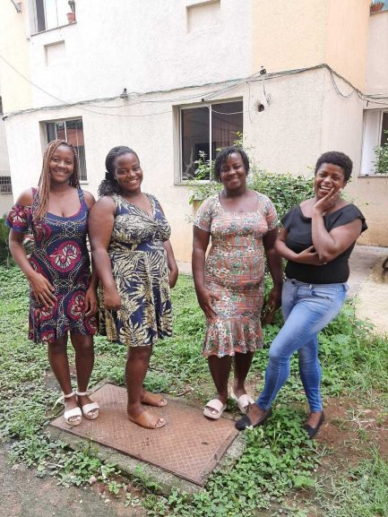 Mulheres que ajudaram comunidade com doação de dono da XP Investimentos
