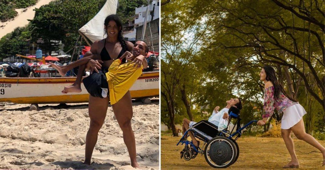 Irmã, mulher trans, segurando e conduzindo irmão, com paralisia cerebral