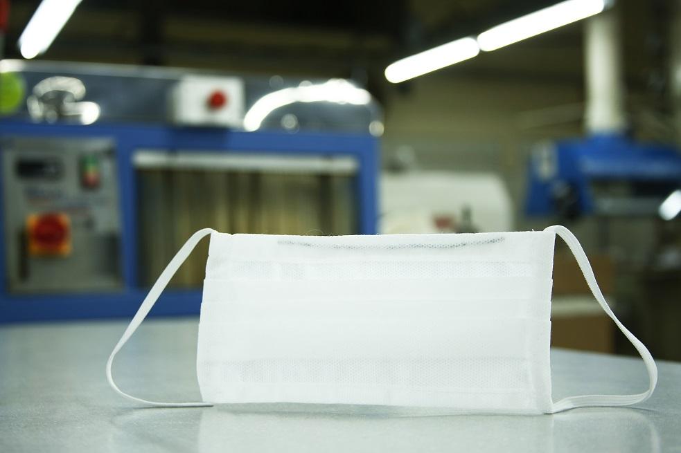 Vulcabras Azaleia produz 400 mil máscaras para uso hospitais UPAs