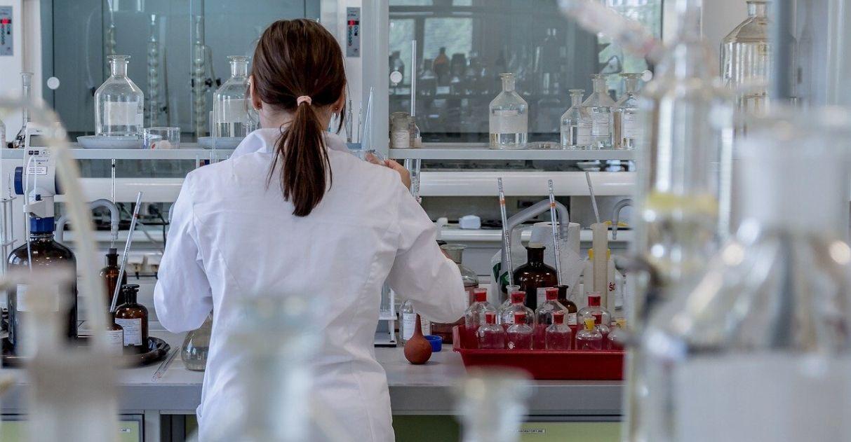 fundo amparo pesquisa coronavírus estudantes bolsas canceladas