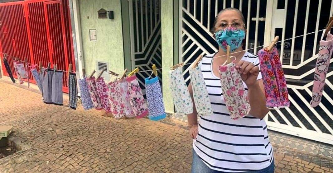 Idosas criam varal solidário doação máscaras