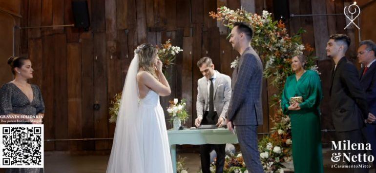 Imagem de cerimônia de casamento com noiva e noivo e pastor