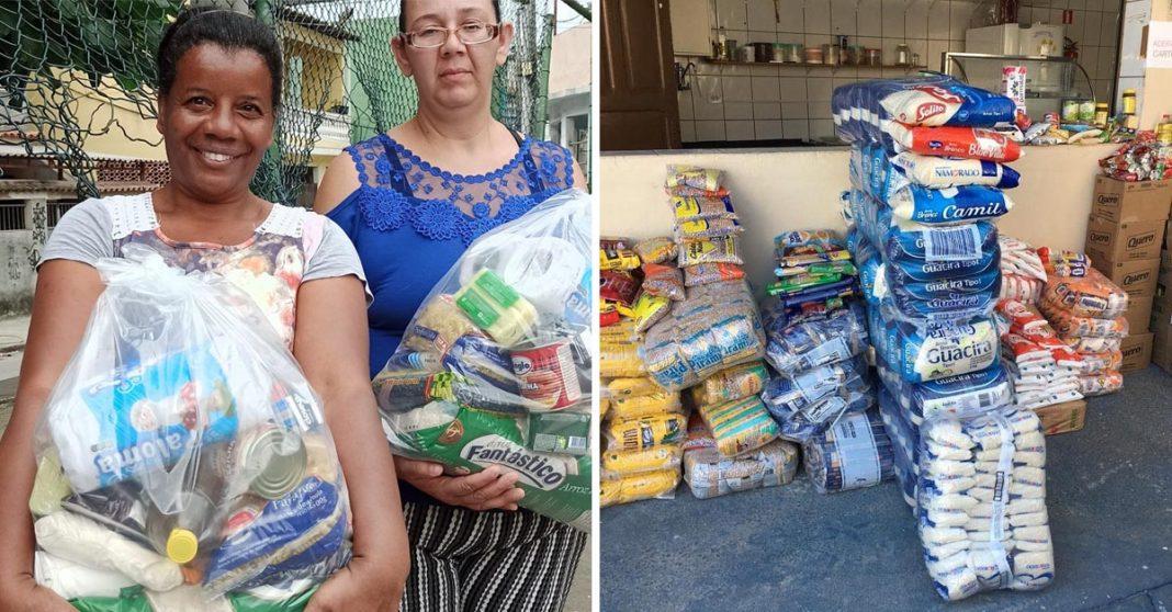 mulheres carregando cestas básicas