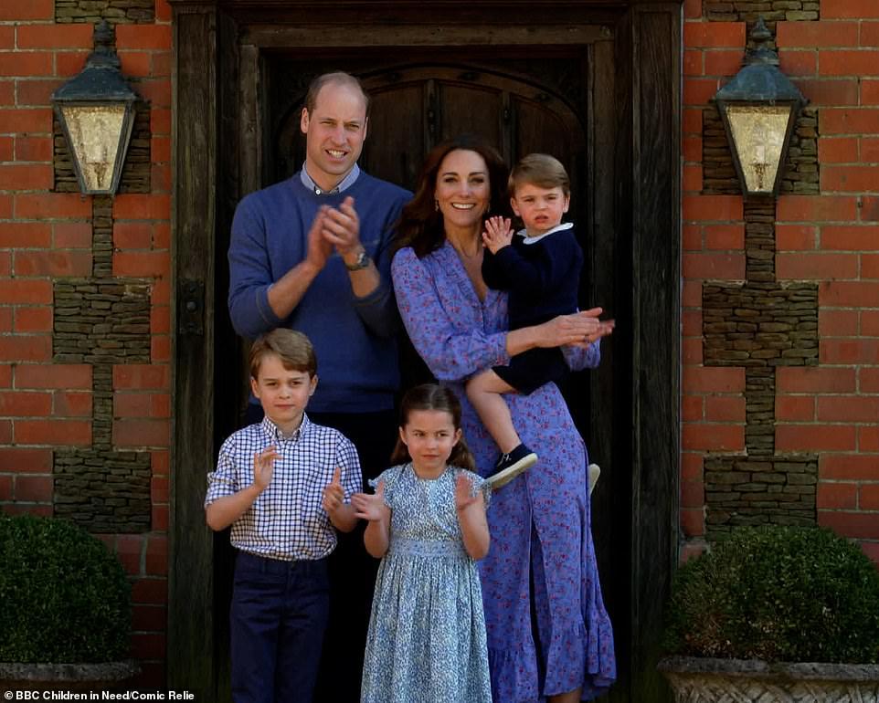 princesa charlotte entrega refeições famílias carentes reino unido