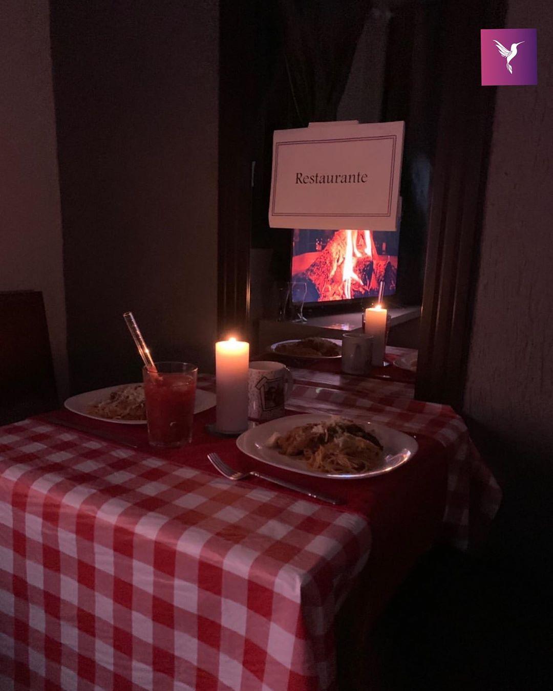 jantar jovem preparou festa junina surpresa namorada