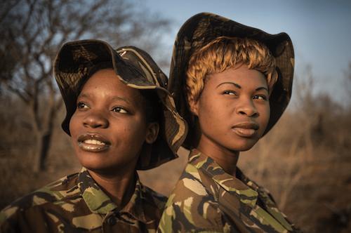 duas mulheres Black mambas