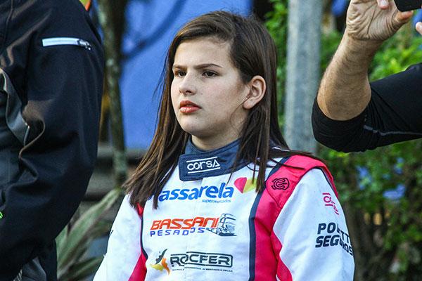 Antonella concentrada