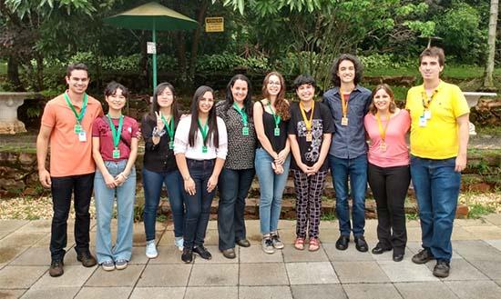Estudantes criadores do BioAbs