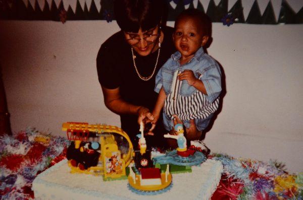 Vanda e Gabriel no aniversário dele