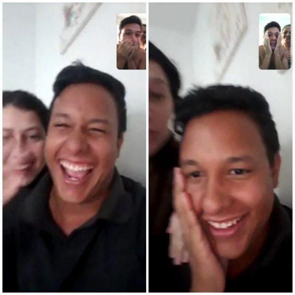 Irmãos gêmeos conversando por videochamada