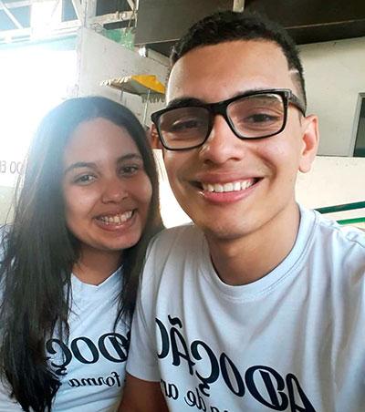 Antonio e irmã