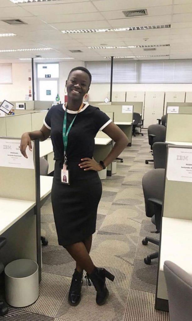 mulher negra ambiente trabalho ibm
