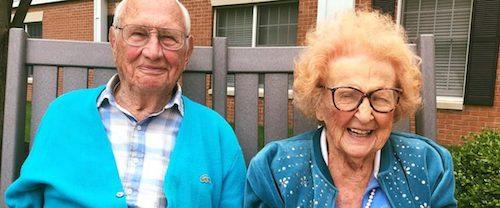 casal de velhinhos apaixonado
