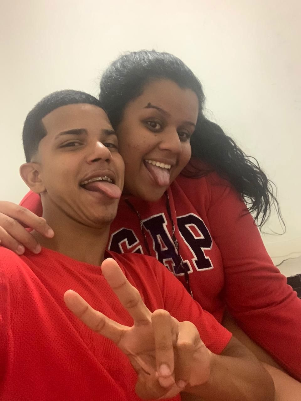 selfie casal sorrindo